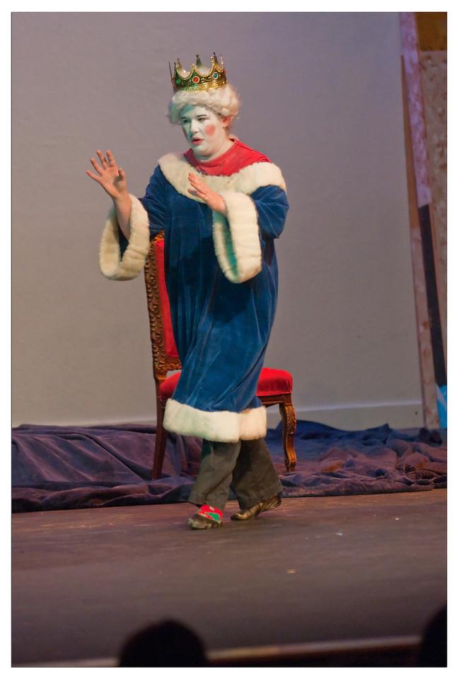 Castilleja Pantomime 1/ 500s, at f/2.8 || E.Comp:-3 / 6 || 140mm || WB: AUTO 0. || ISO: 2200 || Tone:  || Sharp:  || Camera: NIKON D300on: 2008:12:06 20:58:02