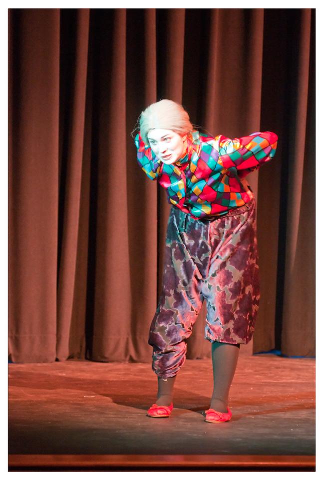 Castilleja Pantomime 1/ 60s, at f/2.8 || E.Comp:-3 / 6 || 130mm || WB: AUTO 0. || ISO: 1600 || Tone:  || Sharp:  || Camera: NIKON D300on: 2008:12:06 21:23:33
