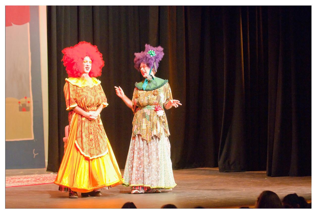 Castilleja Pantomime 1/ 180s, at f/2.8 || E.Comp:-3 / 6 || 78mm || WB: AUTO 0. || ISO: 3200 || Tone:  || Sharp:  || Camera: NIKON D300on: 2008:12:06 20:44:03