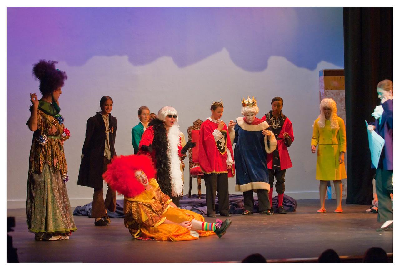 Castilleja Pantomime 1/ 250s, at f/4 || E.Comp:-3 / 6 || 70mm || WB: AUTO 0. || ISO: 2200 || Tone:  || Sharp:  || Camera: NIKON D300on: 2008:12:06 21:29:14
