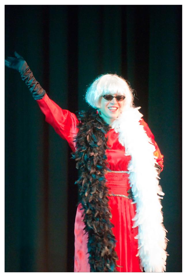 Castilleja Pantomime 1/ 180s, at f/2.8 || E.Comp:-3 / 6 || 200mm || WB: AUTO 0. || ISO: 2200 || Tone:  || Sharp:  || Camera: NIKON D300on: 2008:12:06 21:53:05