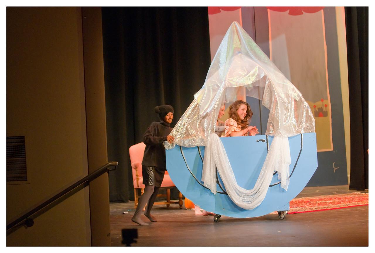 Castilleja Pantomime 1/ 180s, at f/2.8 || E.Comp:-3 / 6 || 78mm || WB: AUTO 0. || ISO: 1600 || Tone:  || Sharp:  || Camera: NIKON D300on: 2008:12:06 21:22:56