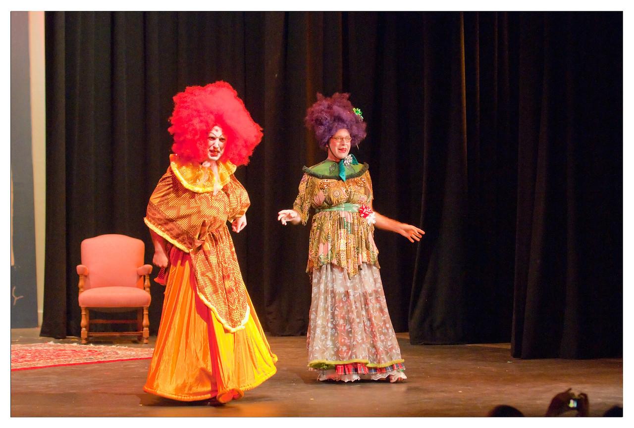 Castilleja Pantomime 1/ 250s, at f/2.8 || E.Comp:-3 / 6 || 82mm || WB: AUTO 0. || ISO: 3200 || Tone:  || Sharp:  || Camera: NIKON D300on: 2008:12:06 20:42:56