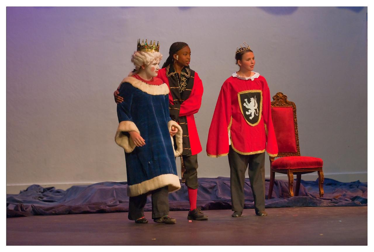 Castilleja Pantomime 1/ 500s, at f/2.8 || E.Comp:-3 / 6 || 102mm || WB: AUTO 0. || ISO: 2200 || Tone:  || Sharp:  || Camera: NIKON D300on: 2008:12:06 21:00:22