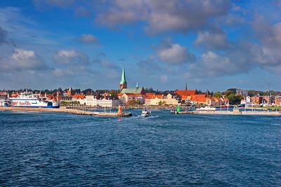 Entrance to the harbor in Helsingør