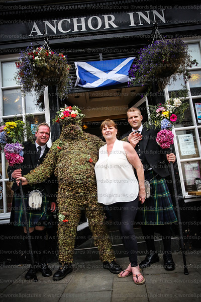 2017 FERRY FAIR The Burryman, Hawes Inn, High Street and return to The Staghead Hotel. Image © Words & Pictures.