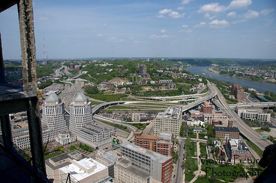 View East - I-71 & Columbia Parkway