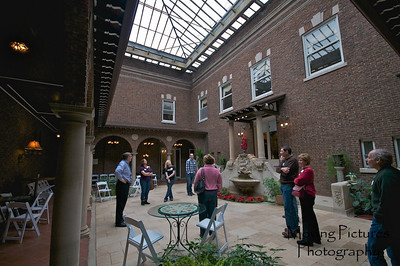 Laurel Court - Courtyard - moveable glass dome above