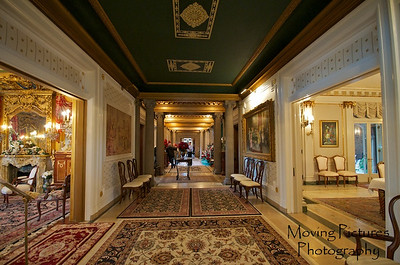 Laurel Court - Main hallway, facing north