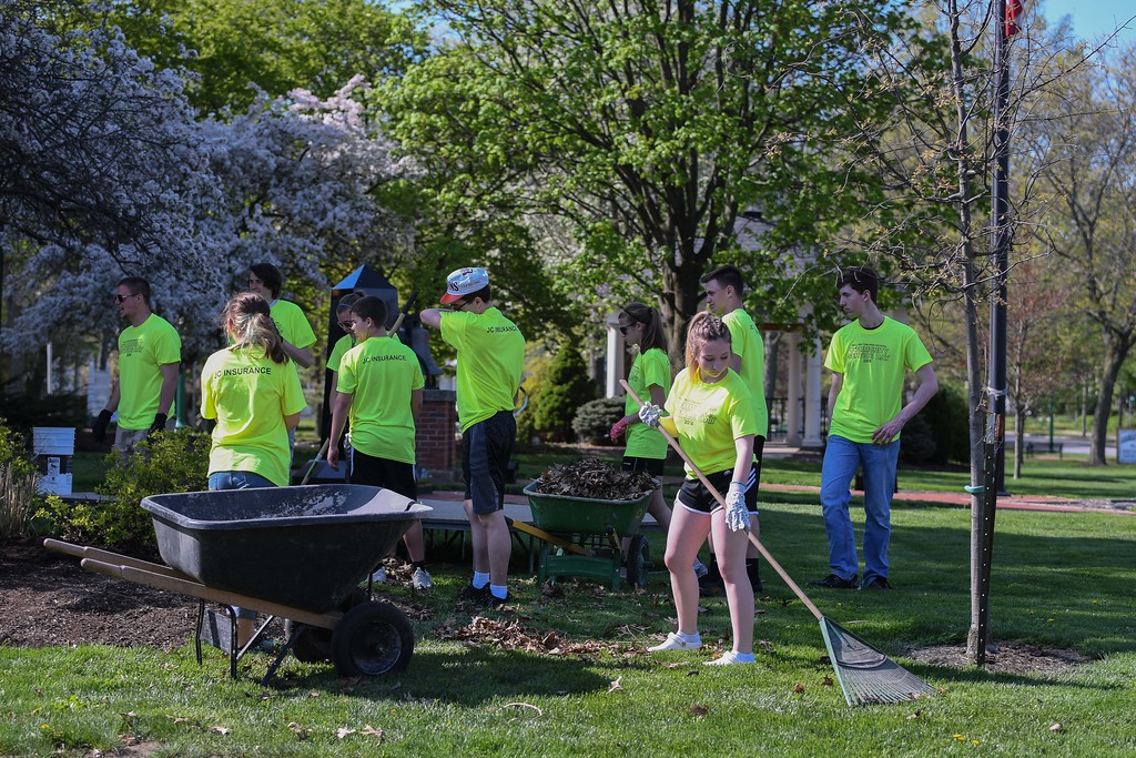 . Eric Bonzar�The Morning Journal<br> Wellington High School students volunteered their time cleaning up Howk Memorial Park, and surrounding areas in the community, in recognition of Community Service Day, May 9, 2018.