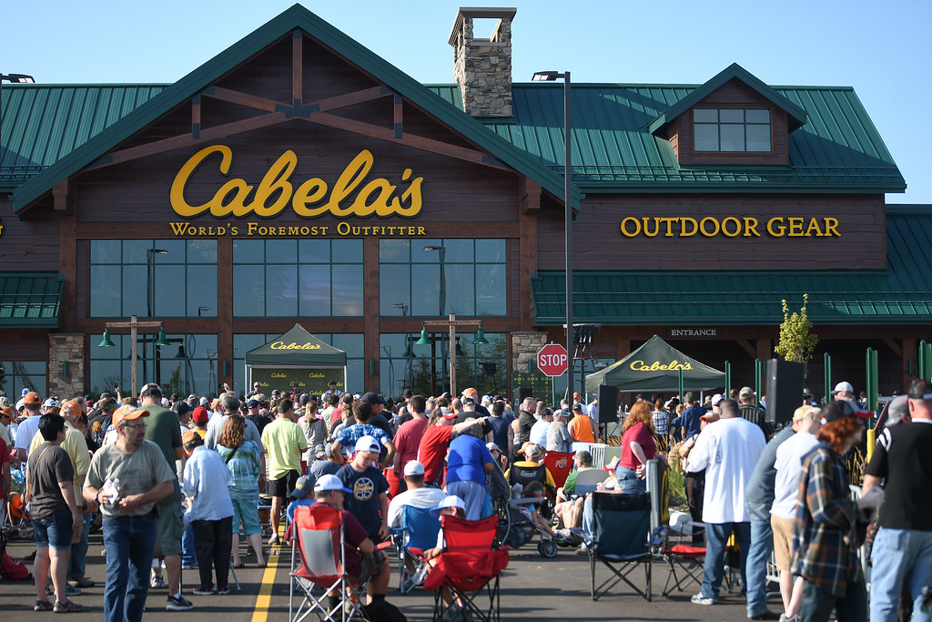 . Eric Bonzar�The Morning Journal Cabela\'s opened its Avon, Ohio store to customers on Aug. 11, 2016. Customers were treated to prize giveaways, snacks and a musical performance from  singer-songwriter Lucas Hoge.