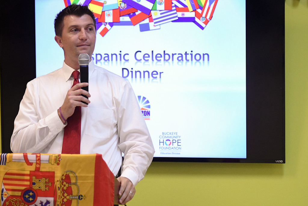 . Eric Bonzar�The Morning Journal<br> Jayson Bendik, assistant principal and community engagement Coordinator for Horizon Science Academy of Lorain, asks for a moment of silence, for those in Puerto Rico and Mexico who have been effected by natural disasters recently. The charter school hosted its Hispanic Celebration Dinner, Oct. 12, 2017.