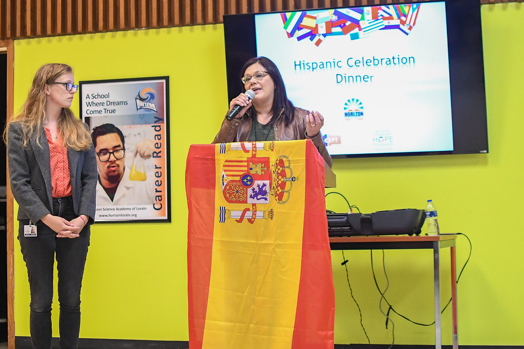 . Eric Bonzar�The Morning Journal<br> Sarah Johnson, left, and Nelly Davila, of El Centro de Servicios Sociales, serve as keynote speakers during Horizon Science Academy of Lorain\'s Hispanic Celebration Dinner, Oct. 12, 2017.