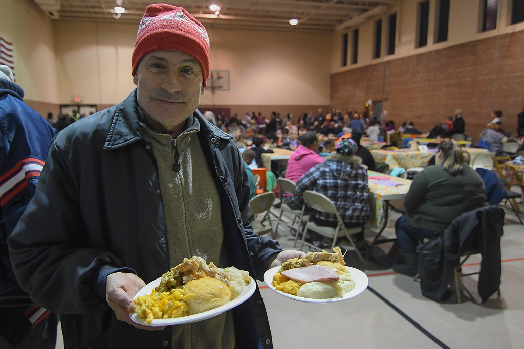 . Eric Bonzar�The Morning Journal<br> The Salvation Army of Lorain, 2506 Broadway Ave., held its annual Thanksgiving dinner, Nov. 21, 2017.
