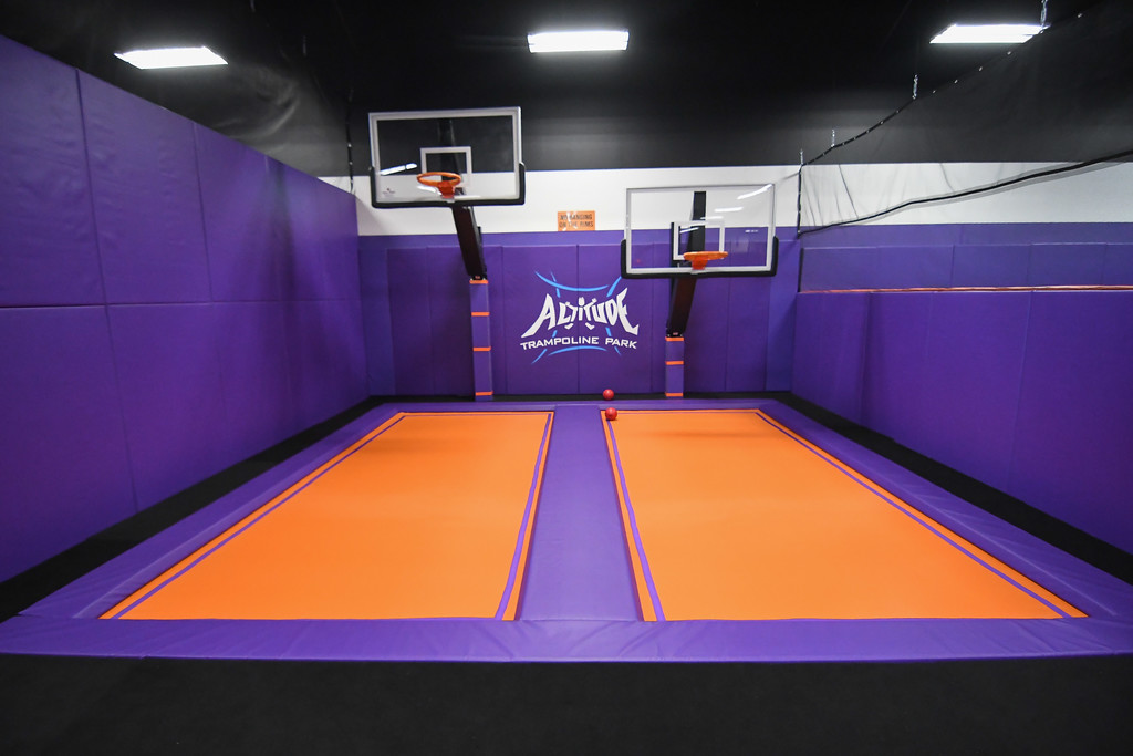 . Eric Bonzar�The Morning Journal<br> Customers can get their dunk on with a pair of trampolines with basketball hoops at Altitude Trampoline Park, Nov. 29, 2017.