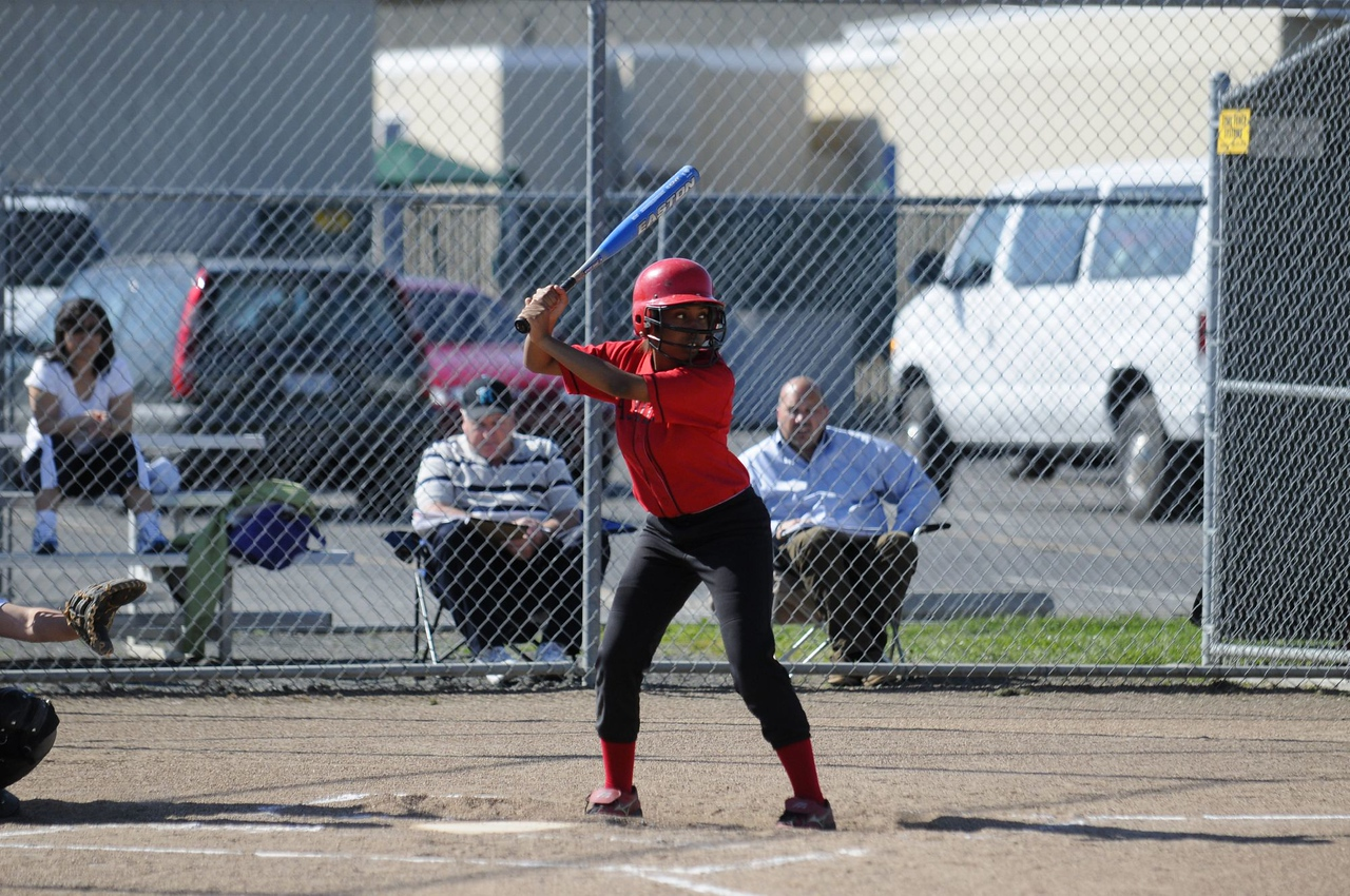 Castilleja Softball 1/ 6000s, at f/2.8 || E.Comp:0 || 170mm || WB: AUTO 0. || ISO: 400 || Tone:  || Sharp:  || Camera: NIKON D300on: 2009:03:27 15:54:14