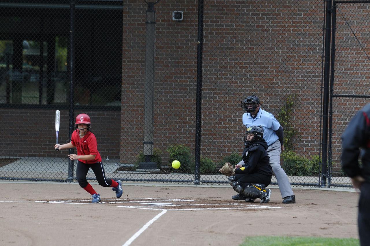 Castilleja Softball 1/ 1000s, at f/4 || E.Comp:-3 / 6 || 150mm || WB: AUTO 0. || ISO: 560 || Tone:  || Sharp:  || Camera: NIKON D300on: 2009:04:09 15:33:13