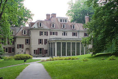 A view of the mansion at Winterthur.