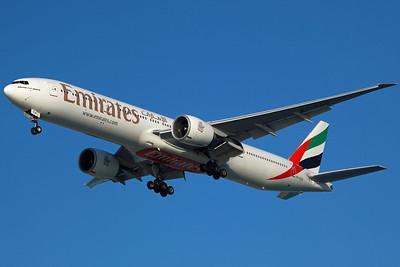A6-ECH B777-300ER Emirates. 27/3/13.
