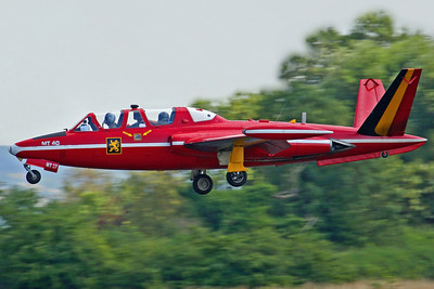 MT-40 CM170R Fouga Magister FAB 1Wg. One of several arrivals for Sunderland Airshow. 28/7/06.