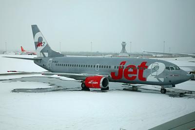 G-CELZ B737-300QC Jet2. 12/2/09