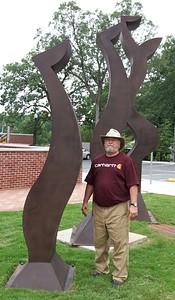 Artist Wayne Vaughn