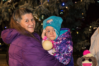 Honorary Tree Lighting Assistant Cheyenne Weaver with Grandmother Annie Kotz. Photo by Debbie Malyn for the Press & Guide.