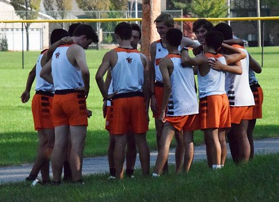 HS Sports - Dearborn  High, Fordson in KLAA cross country meet
