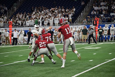 Divine Child took on Ann Arbor Gabriel Richard at the Prep Bowl on Saturday at Ford Field. The Falcons went on to a 34-20 victory and claimed their second consecutive CHSL title. Photo by Alex Muller for the Press & Guide