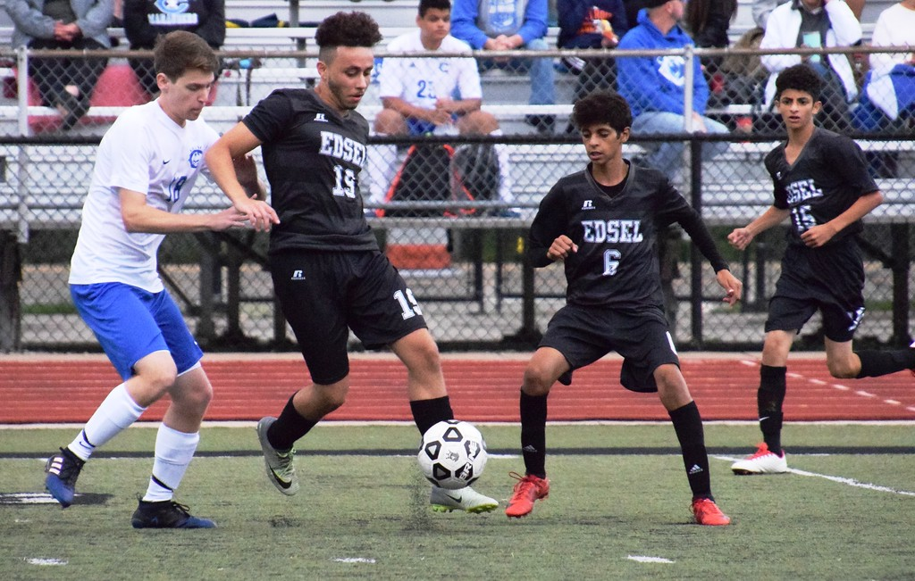 . Gibraltar Carlson headed to Edsel Ford on Monday night and defeated the Thunderbirds 5-1 in a Downriver League matchup. Alex Muller - For Digital First Media