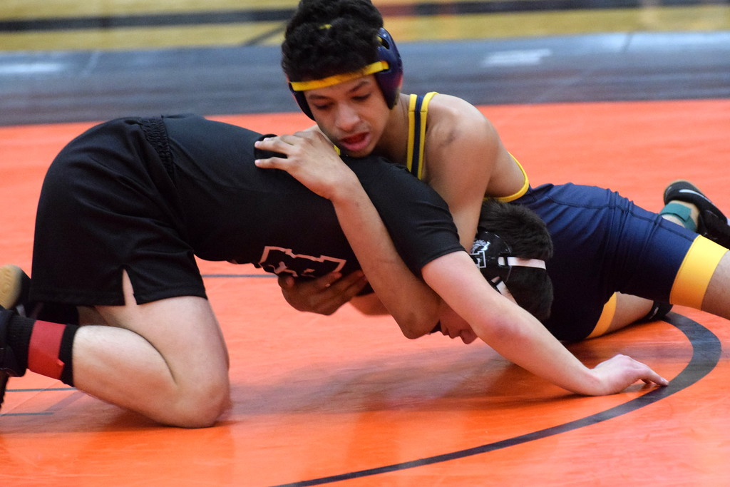 . Fordson defeated Edsel Ford 48-32 in the finals of Division 1, District 121 on Wednesday. In the semifinals, Fordson knocked off Crestwood 61-13 and Edsel beat host Dearborn High 42-33. Photo by Frank Wladyslawski - Press & Guide