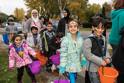Southwestern Outer Drive Neighborhood Association (SODA) held its third annual Track or Treat event Sunday, October 30, 2016 at Penn Vasser Park. Neighbors, businesses, Scout Troops, candidates and others sponsored tables or made donations to support the event. Photo by Debbie Malyn for the Press & Guide.