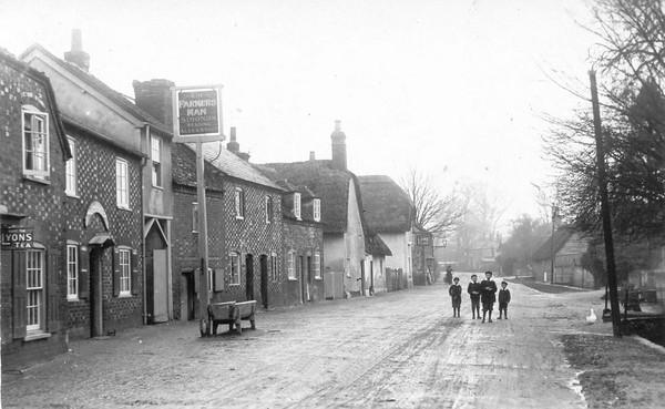 <font size=3><u> - Brook Street in the 1890's - </u></font> (BS0067)  Outside Farmer's Man. One of our earliest photos.  Comments welcome.