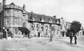 <font size=3><u> - Castle Inn & Square - 1920/30s - </u></font> (BS0045)
