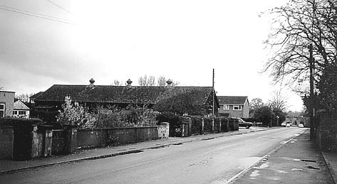 <font size=3><u> - Church Road in the early eighties - </u></font> (BS0535)  The old, much revered Village Hall, built in 1923, was eventually dismantled in 1988.