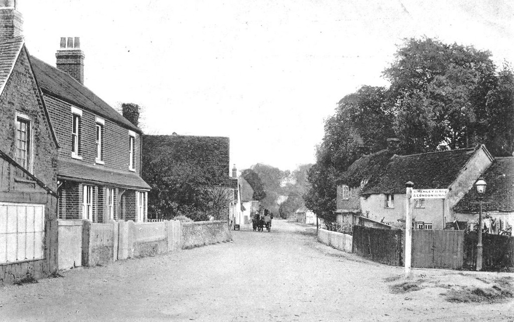 <font size=3><u> - Crown Square late 19th Century  - </u></font> (BS0306)  Note from the finger post that the main road passes straight through the village to Henley & London