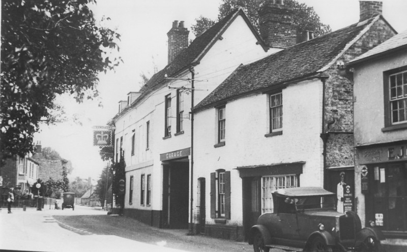 <font size=3><u> - High Street - probably 1920's - </u></font> (BS0339) Note Aldridge Petrol Station in existence behind RAC traffic controller.