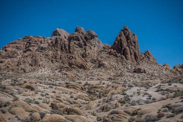 Eye of Alabama Hills, Inyo Co. California USA