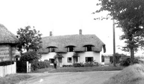 <font size=3><u> - Thatched Cottage - </u></font> (BS0146)  All owned as farm labourer cottages for most of the 20th century. In the 21st converted to commuter housing or second-home houses.