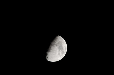 Moon through Televue 85 APO