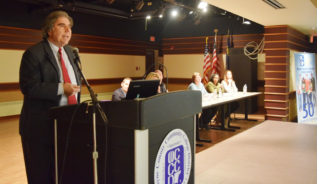 Wayne County Community College hosts town hall meeting on heroin