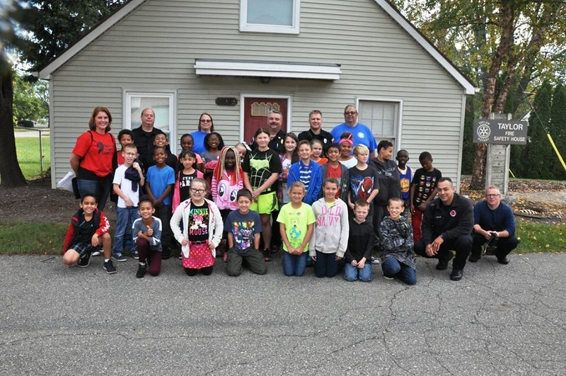 . Students from Eureka Heights Elementary recently visited the Taylor Fire Safety House to learn what to do in an emergency.  Photos courtesy City of Taylor