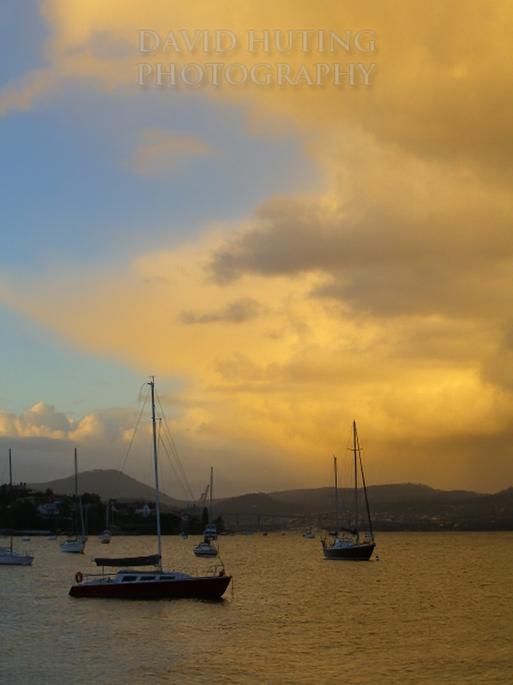 Stormy Yellow Skies<br /> Hobart, Tasmania