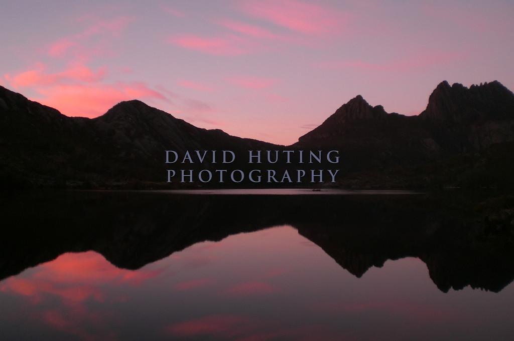 Cradle Mountain View<br /> Sunrise over Dove Lake