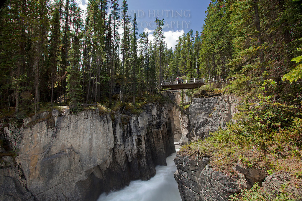 Sunwapta River Narrows & Bridge