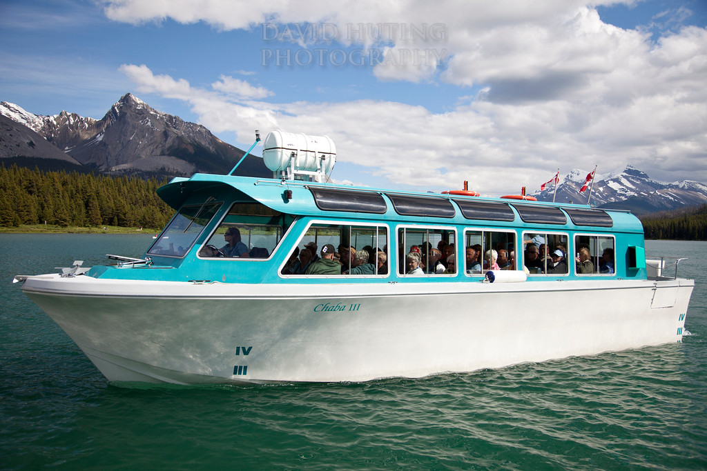 Maligne Lake Cruise Boat