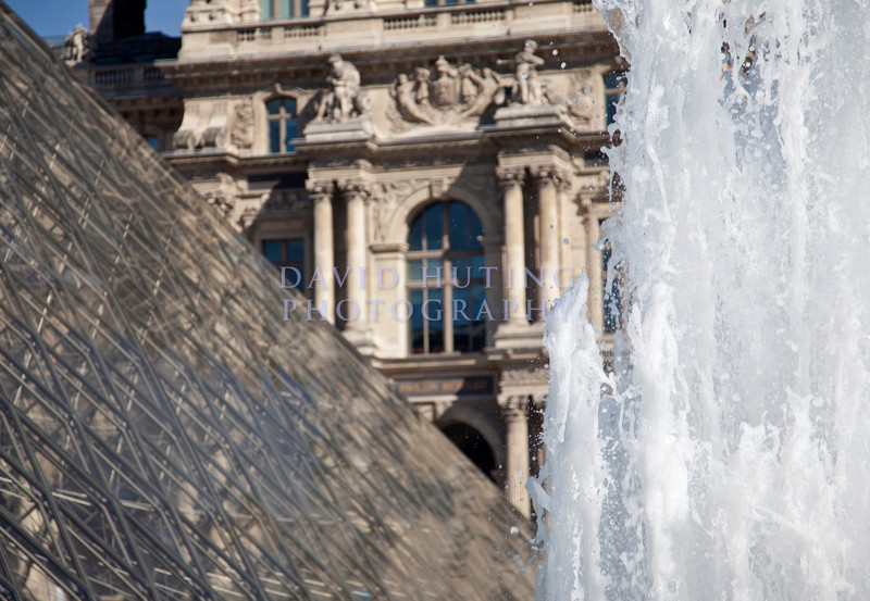 Louvre Fountain Epic Best
