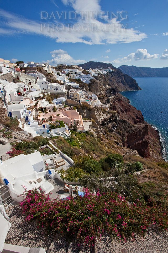 1Oia Village Vertical