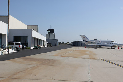 Santa Monica Airport- Burgess