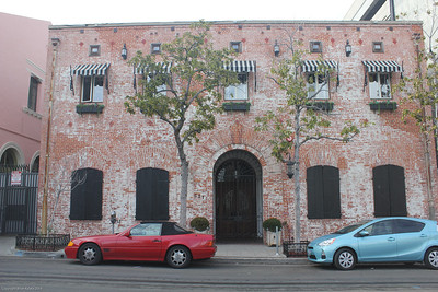 Downtown - Carondolet House - 627 Carondolet st